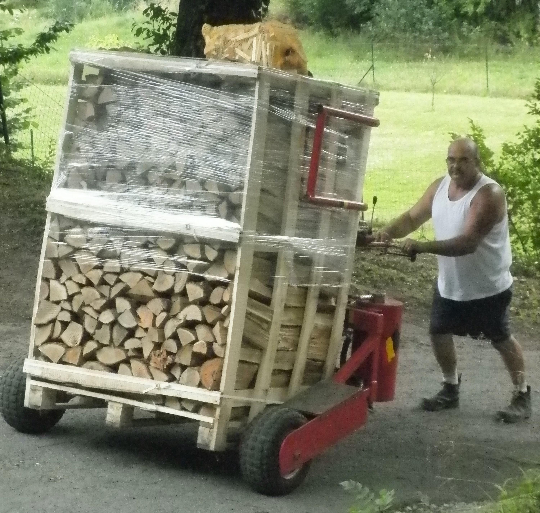 La buche Accueil Bois de chauffage, bois de pellet, Jamioulx # Achat Bois De Chauffage En Gros